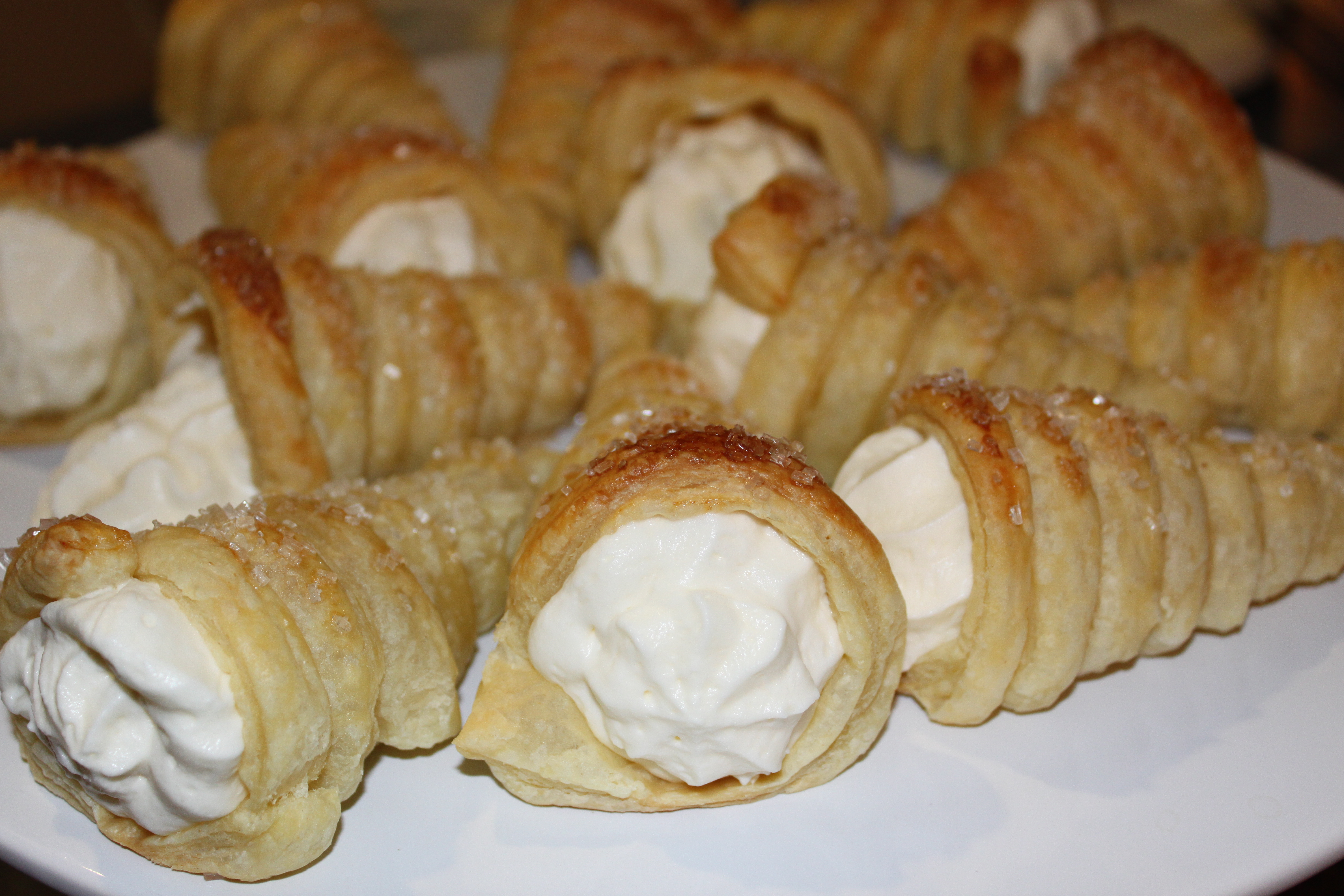 White chocolate mousse pastry horns pennys food blog second treat for book group tonight these were awesome a pampered chef recipe from their simply sweet cookbook which is one of my favorite cookbooks forumfinder Gallery