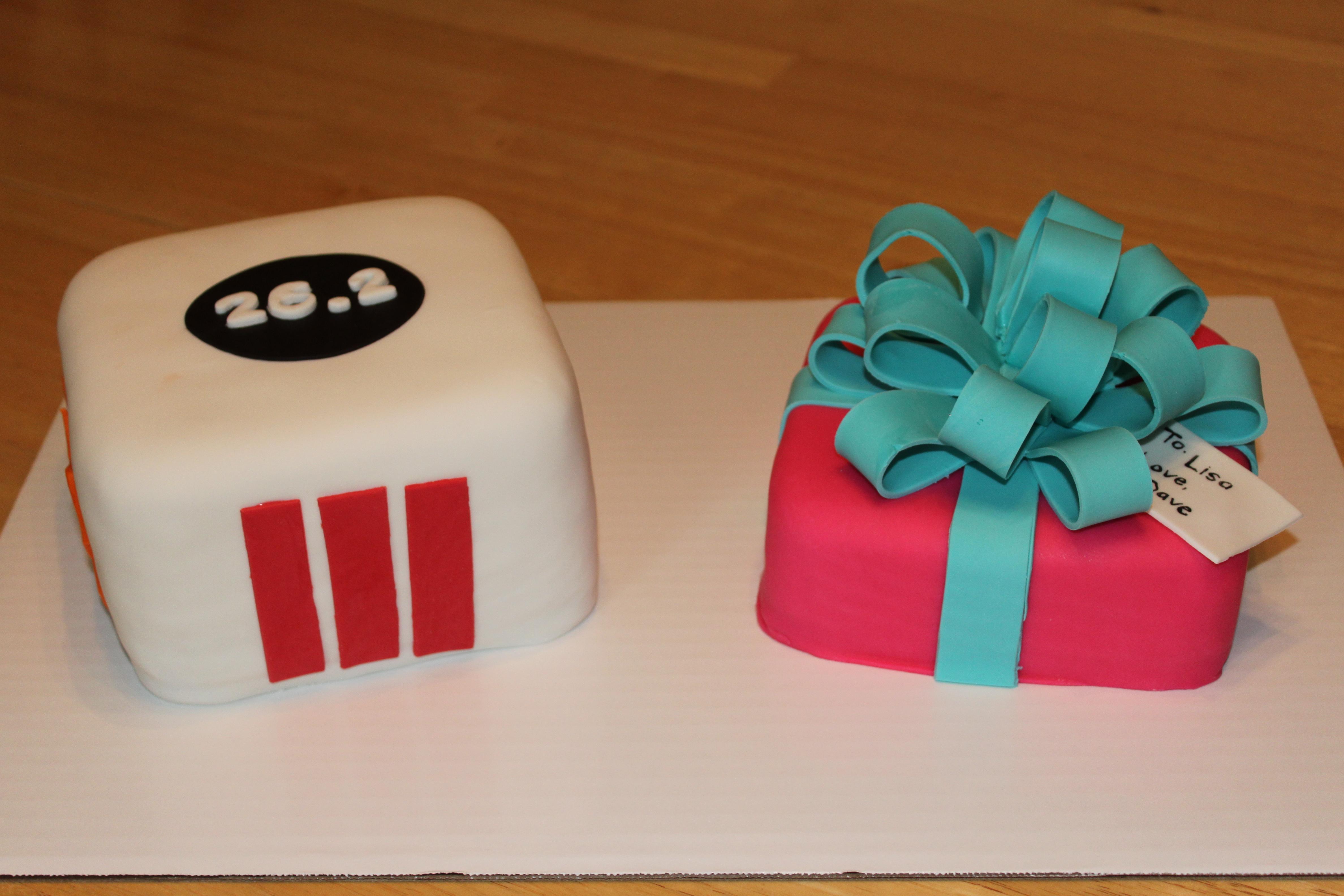 Strange Marathon Logos And Birthday Present Fondant Cakes Pennys Food Blog Funny Birthday Cards Online Drosicarndamsfinfo