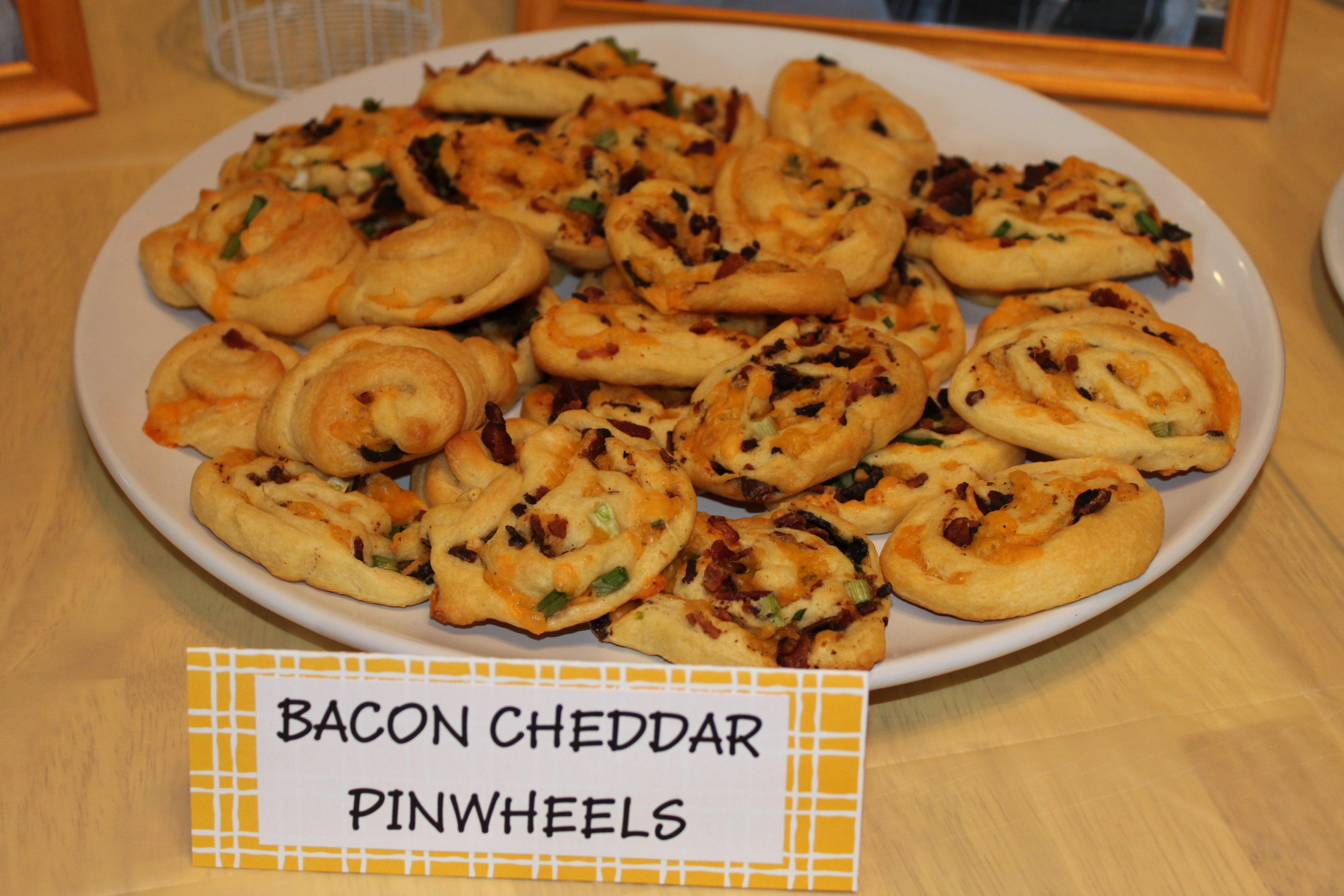 cheddar grits bacon cheddar biscuits crescent bacon cheddar pinwheels ...