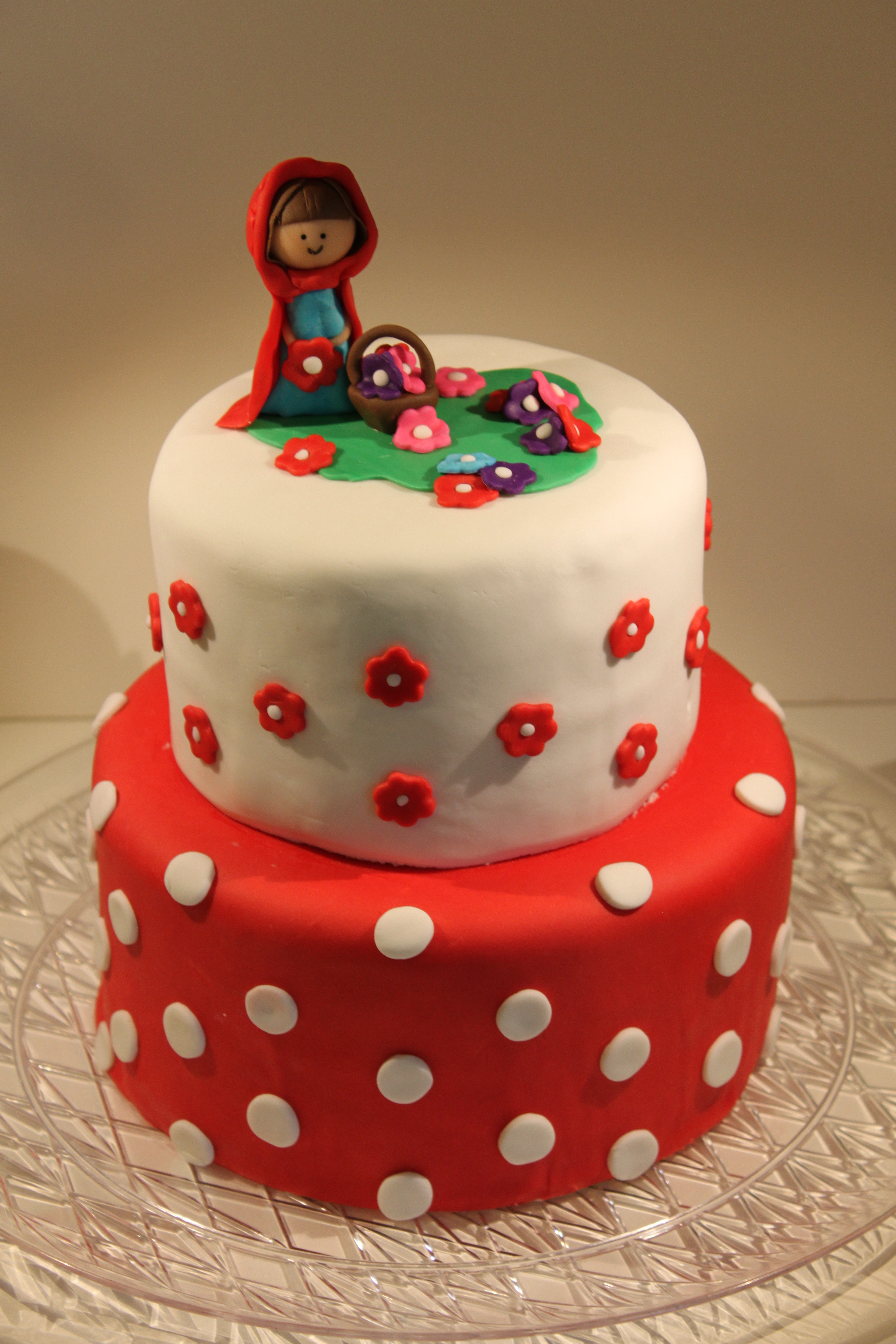 Outstanding Little Red Riding Hood Fondant Birthday Cake Pennys Food Blog Funny Birthday Cards Online Chimdamsfinfo