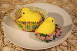 Chocolate Dipped Peeps Chicks