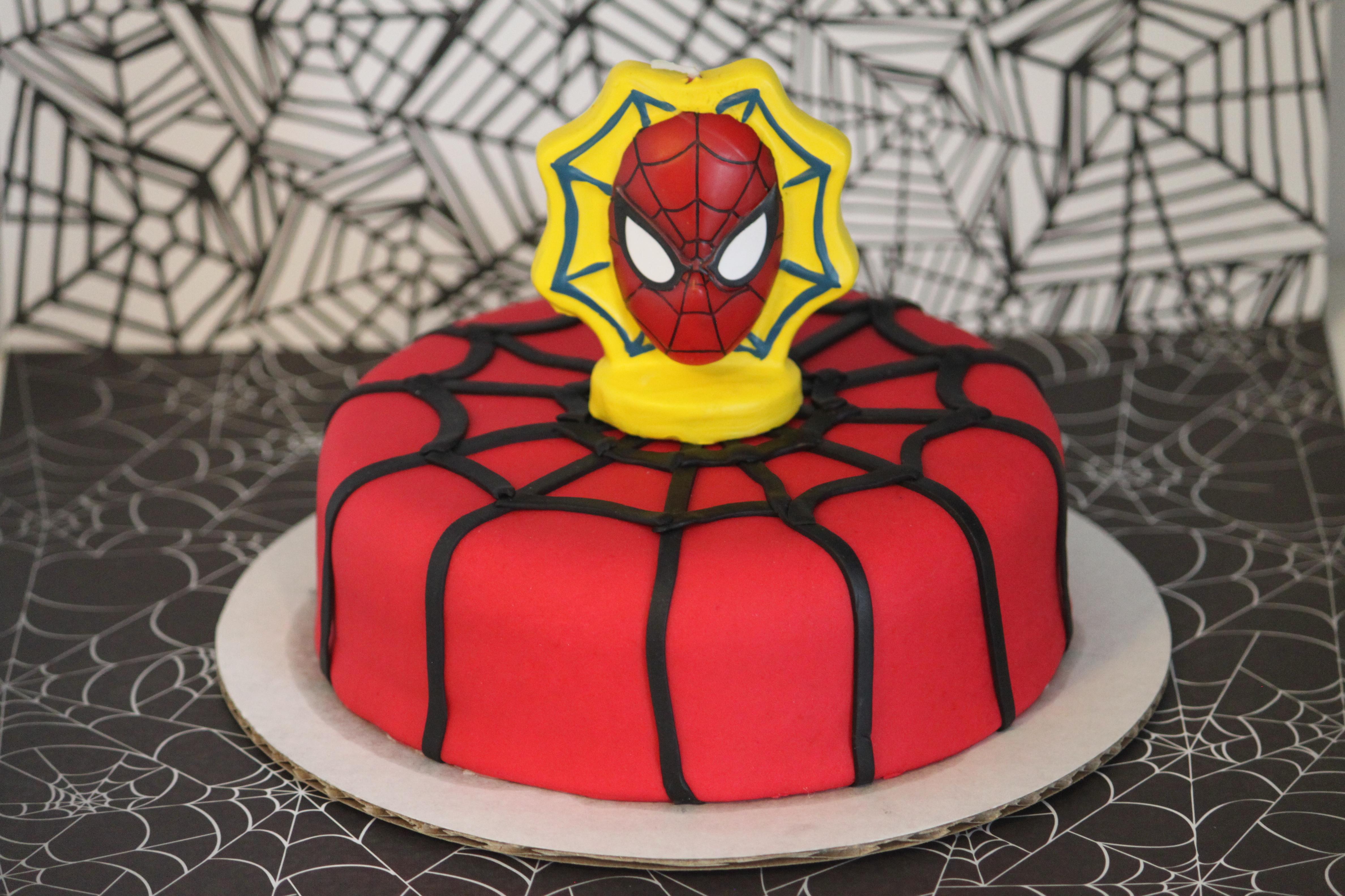 Sensational Mini Spider Man Fondant Birthday Cake Pennys Food Blog Funny Birthday Cards Online Barepcheapnameinfo