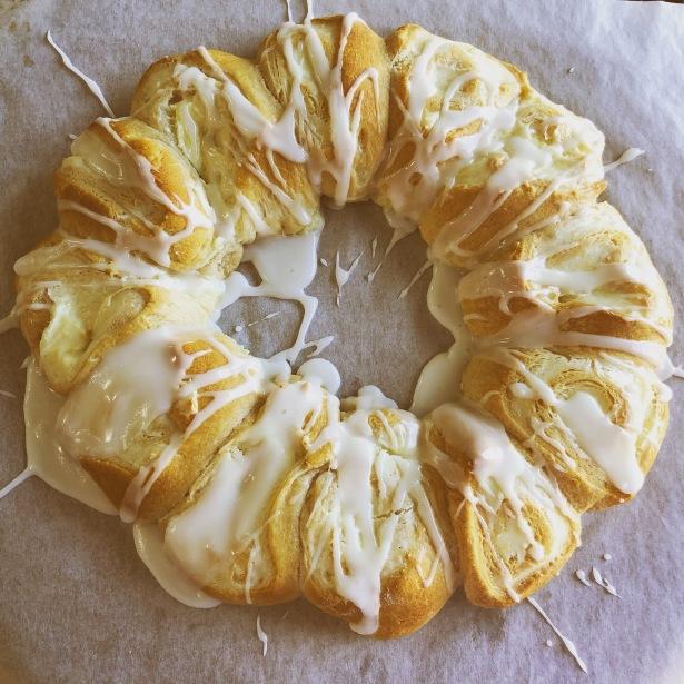 Lemon Cream Cheese Crescent Ring
