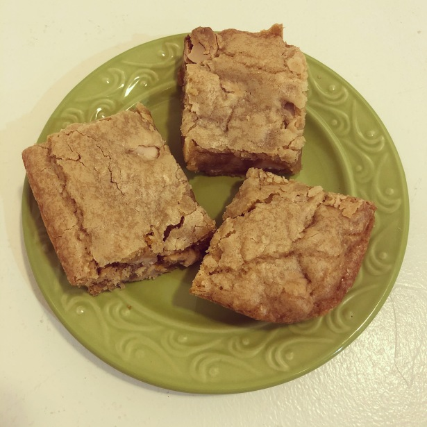 Blondies with Caramel Chips