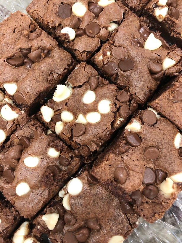 Easy Chocolate Chip Brownies
